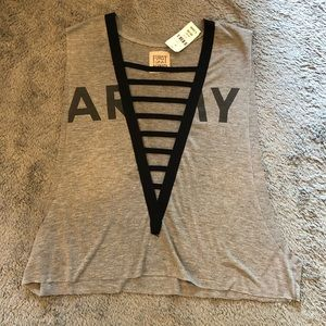 NWT Ladder Front Tank